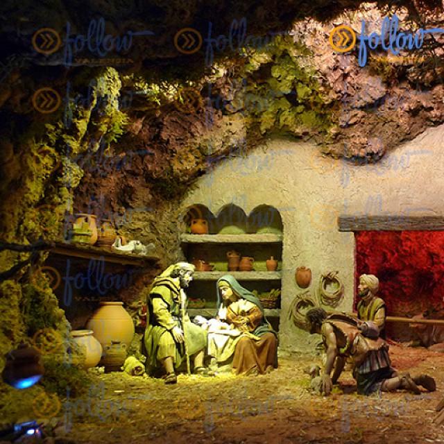#NativityScene in the #Cathedral.  #spain #visitSpain #Valencia #visitValencia #followValencia #enjoyValencia #IloveValencia #estaes_valencia #estaes_espania #valenciaenamora #thebestpicture #envalencia #comunitat_valenciana #comunidadvalenciana #valenciaterraimar #ig_valencia #spain_gallery #photooftheday #lovevalencia #España #TurismoValencia #VisitaValencia #ig_europe #tourism #igs_world #valenciagram #vacacionismoennavidad