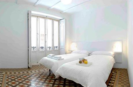Valencia Lounge Hostel : Valencia lounge hostel on vimeo