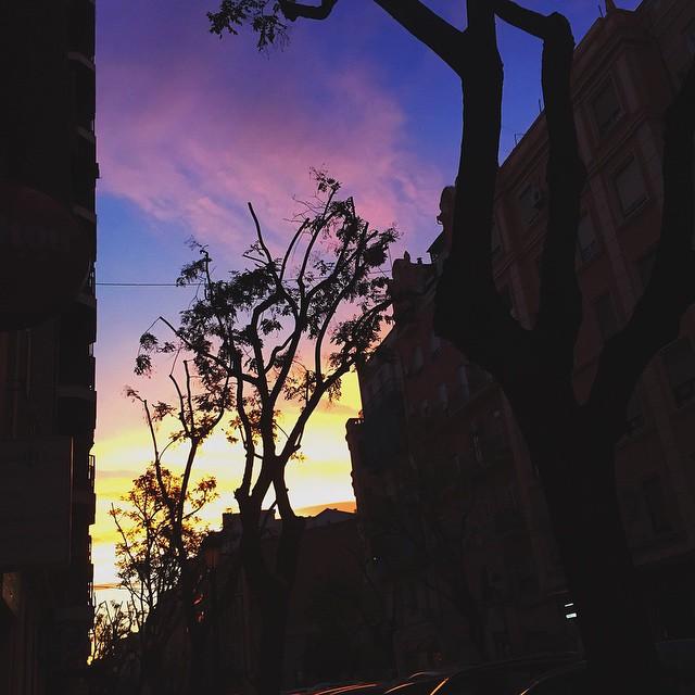 En Valencia tenemos cielos a otro nivel.???????? #lovevalencia #valenciagram #valencia #sunset #IGersSpain