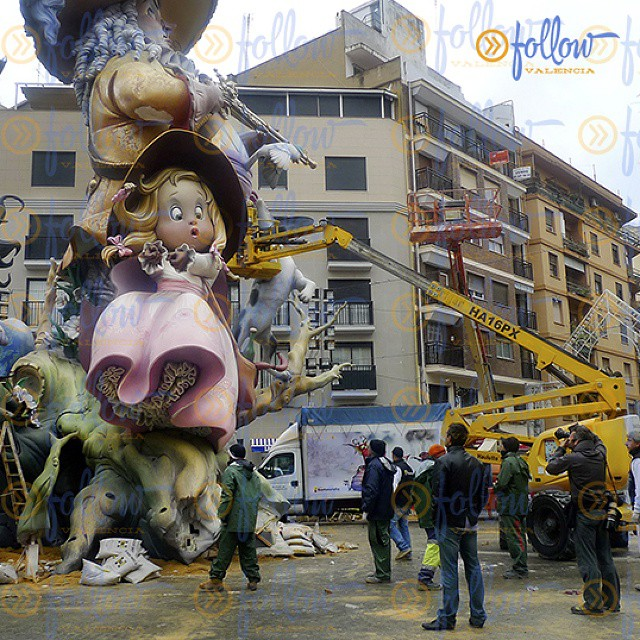"""Just two months remain for """"La Plantà"""" the day on wich the #Fallas monuments must be completely assembled in the streets of #Valencia.  Visit Valencia during #Fallas2015! followvalencia.com/fallas2015  #trip #spain #visitSpain #visitValencia #followValencia #enjoyvalencia #IloveValencia #estaes_valencia #estaes_espania #valenciaenamora #envalencia #comunitat_valenciana #valenciaterraimar #ig_valencia #spain_gallery #photooftheday #lovevalencia #bestvacations #TurismoValencia #VisitaValencia #ig_europe #tourism #igs_world #valenciagram #instatravelling #travel #igersspain"""