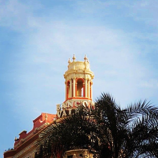 Calle Barques.  #Valence #Valencia #Espagne #Voyage #VoyageEspagne #Decouverte #CommunauteValencienne #VoyagesALaCarte #SurMesure #ValenceMeconnue #ValenciaMeconnue #Patrimoine #CityBreak #WeekEnd #DecouvrirValencia #EspagneSoleil #ValenciaInsolite #comunitatvalenciana #lovevalencia #bancodevalencia