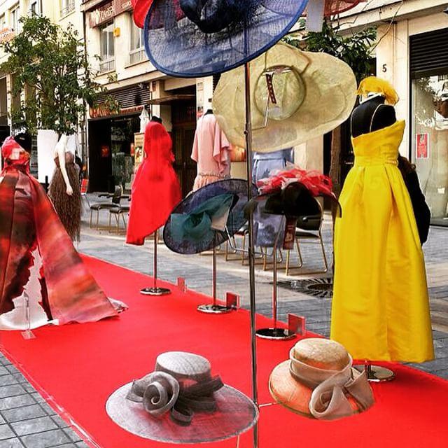 Todo preparado en la Calle En Sanz de #Valencia para el #Casting de modelos que organizan @vlcshopping y #ANDE.  Apunto de comenzar #loveValencia #modelo #moda #diseño #fashion #Valencia #sanvalentín