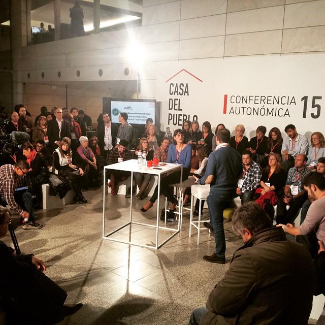 Hablamos de jóvenes, Economía, participación, I+D+i, Educación, Vivienda, Regeneración Democrática, municipalismo, Empleo, Igualdad, Dependencia...#PolitiCafé #OtraFormaDeHacer #PSOE #PSPV #Valencia #València #PaísValencià #igersValencia #igersvalencians #welovevalencia #lovevalencia #GarantíaJuvenil #GarantiaDeCanvi #Twitter #ConferenciaPSOE