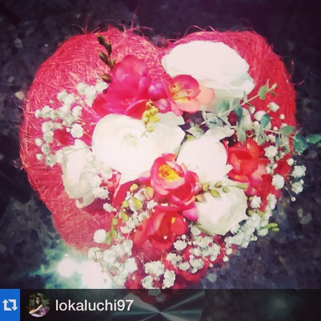 #Repost @lokaluchi97 with @repostapp.?????Beautiful flowers! :) by @floralqueria , the best flower shop in town!! #Valencia #loveValencia #valentinesday