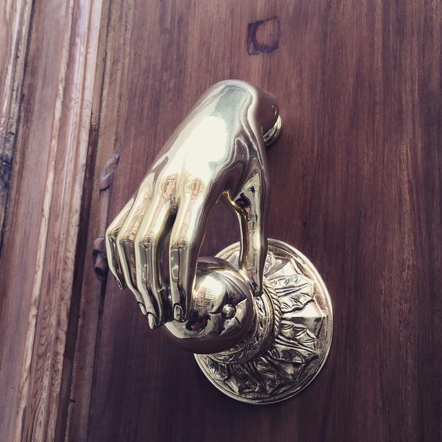 Get a grip #lovevalencia #handmade #details