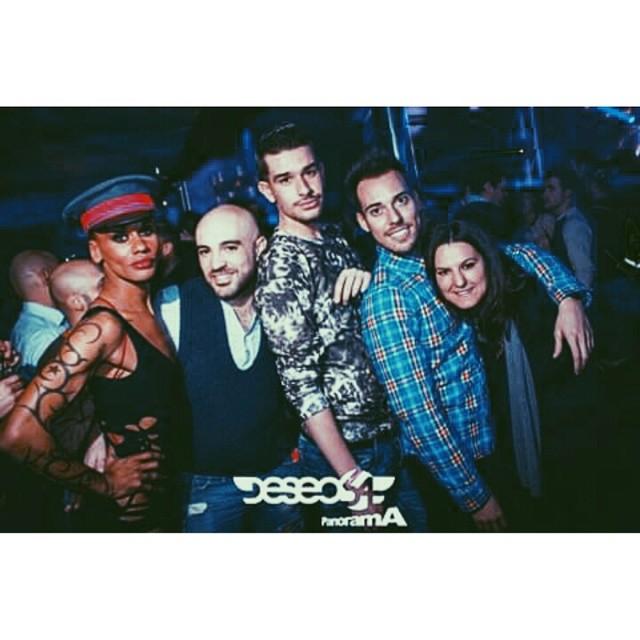 Noches de fiesta en @deseo54 con @javilimones y @isergg ;) #saturday  #sabado #partynight #party #partygay #fiestas #fiesta #fiestagay  #love #lovevalencia #gayboy #gayclub #gayvalencia #gayphoto #gay #gaymoments #vsco #vscocam #deseo54 #deseo #instatonaight #instagay #instadaily #insta #picsart #picoftheday #photooftheday