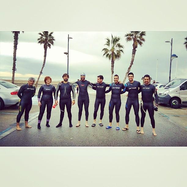 #Bautismo, sábado 14-3-2015, de nuevos #nadopataspatacona con los maestros de ceremonia... ???????? #Bautisme de nous nadòpates. Moltes ganes a pesar de la #pluja. Celebrating new members #swim #openwaterswimming #loveValencia #Alboraya #debut #rain