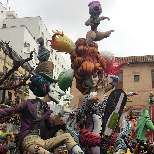 Fallas #fallas2015 #falles #falles2015 #elpilar #valencia #valenciaenfallas #valenciaenfalles #comunidadvalenciana #fiestas #megustavalencia #creativo #callejeando #lovevalencia #fantasy #fantasia #divertido #dsanjose #spain