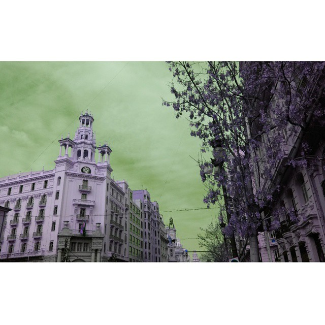 #street #calle #edificios #valencia #lovevalencia #Cielo #sky #skylovers #Arquitectura #landscape #paisaje #beautiful #valenciaenfallas #elcaloretfalleret