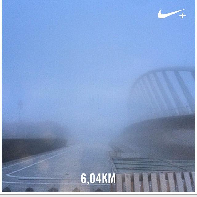 Mañanita de niebla... Tarde de paseo #run #miercoles #puentedelapeineta #mipuentefavorito #nikewoman #nikeplus #nike #lovevalencia