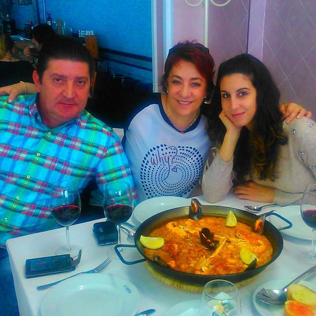 #alaricapaellapepica #holiday #lovefamily #lovevalencia #winter15