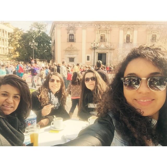 Amb el caloret falleros ???? #plazadelavirgen#vaencia#caloret#fallas#onfallas#friends#love#fun#lastday#sad#lovefallas#lovevalencia#aloamericano#tagsforlikes#tbt @tagsforlikes