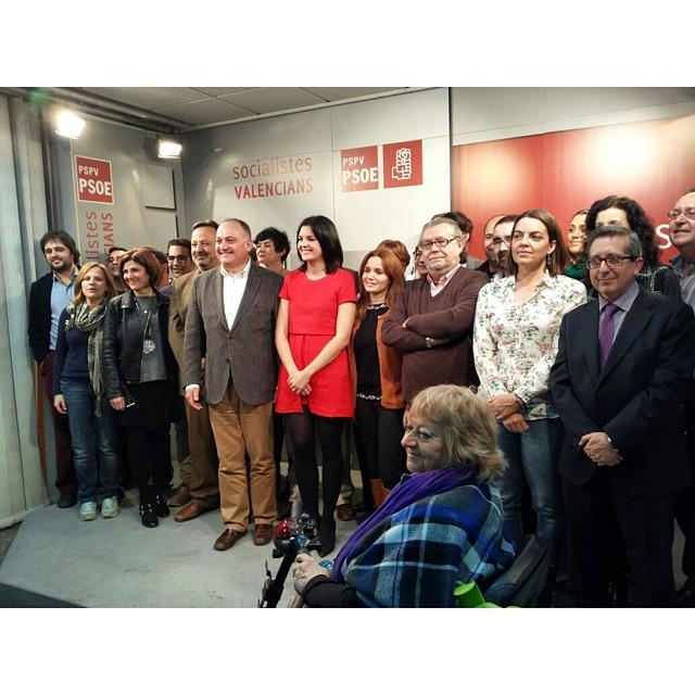 Presentem l'equip del canvi per a la València que volem, la de totes i tots, plural i oberta, la de les persones que reclamen més Igualtat, Llibertat i Solidaritat. Junts i juntes, anem a fer-ho possible amb la teua ajuda. Endavant!  #CalabuigAlcalde #AlcaldeCalabuig #GarantiaDeCanvi #Valencia #València #PSPV #PSOE #socialista #socialistes #VolemValència #WeLoveValencia #LoveValencia #ILoveValencia #igersValencia #ig_valencia