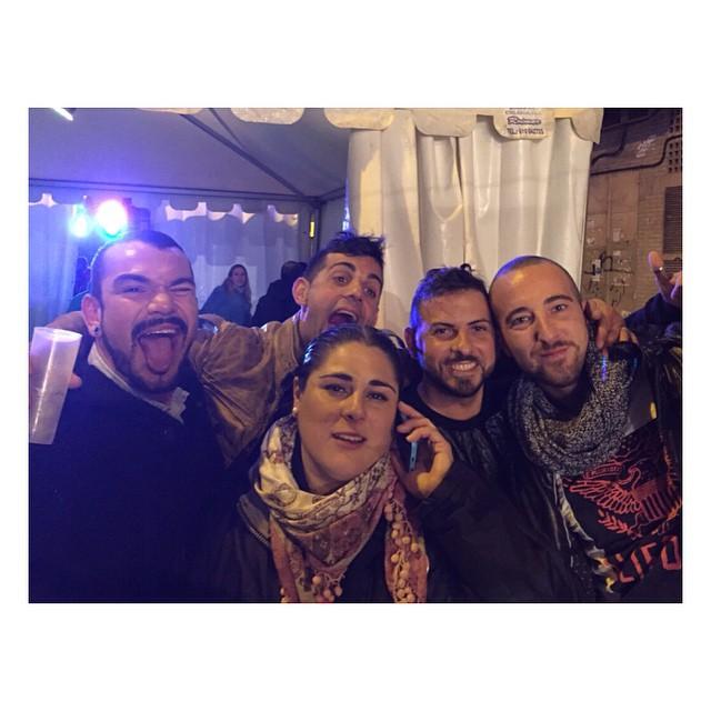 #maricones #estamosenfallas #caloret #caloretfaller #borrachasfalleras #lovevalencia #valencia #valenciatime #osquieroamigas ??????