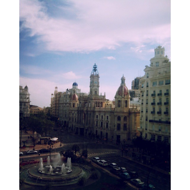 #100happydays panorama dal 4 piano di plaza dell'ajuntamiento ?#valencia #spain #europe #skyliner #love #lovevalencia #ajuntament #amazing #panorama #centre #travel #mytravelgram #instatravel #tagsforlikes #like4like #likemypic #picoftheday #followme #follow #followback