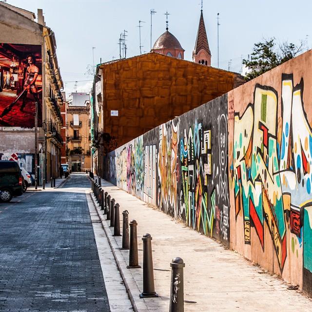 See you next sunday May 24, 2015!! Photo Octobre 2014 #valenciaespaña #valenciana #valenciastreet #valenciacity #valancia #valenciaenamora #verrassendvalencia #lovevalencia #streetart #grafity