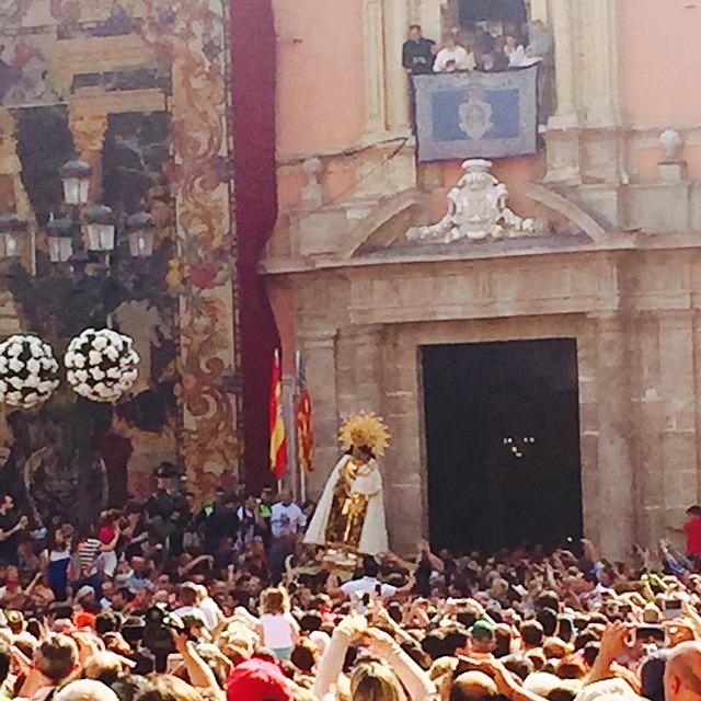 Traslado de la #Virgen de los Desamparados , patrona de Valencia.????????