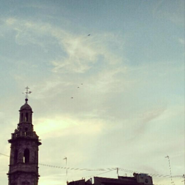 Santa Catalina #sky #cielo #santacatalina #cielo #cielomania #sky_captures #valenciagram #igersvalencia #lovevalencia  #valencia #nubes