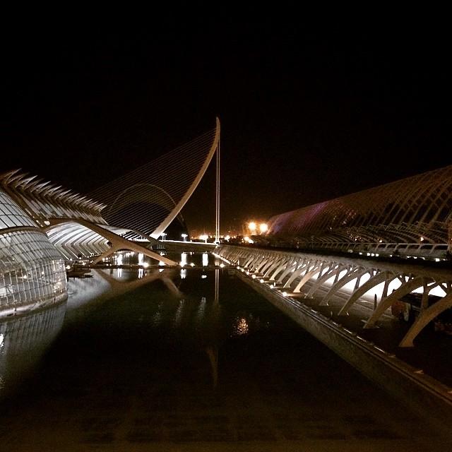 ?????????????? último finde aquí en Valencia ???????? #Valencia #Valencia2015 #lovevalencia #valenciamola #valenciaenamora #cac #ciudaddelasartesylasciencias #nochevalenciana #movida #livinglavidaloca #teecharedemenos #umbracle