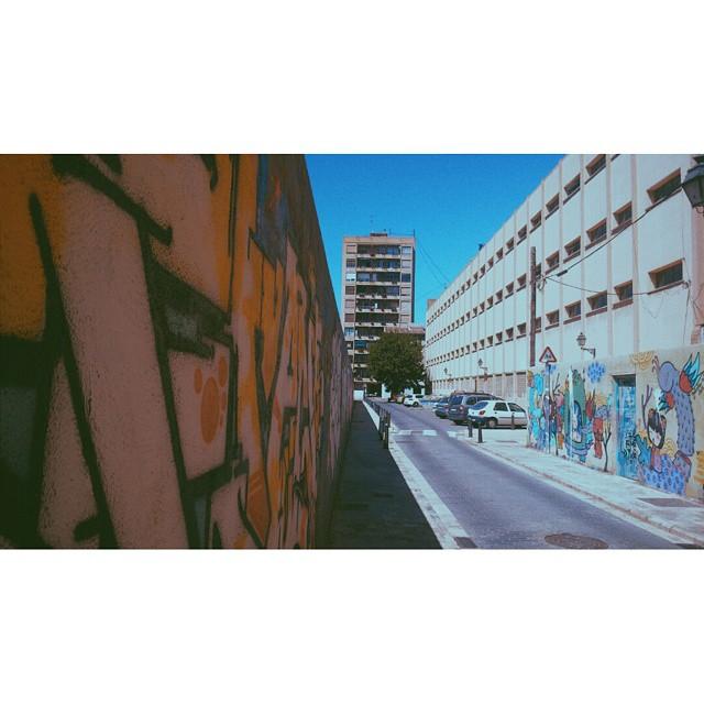 #instasize #valenciastreets #valencia #valencia2015 #valenciagram #lovevalencia #foreveryoung #streets #streetart #valenciastreetart #mivalencia #miespana #espana #spain2015 #spain2015trip