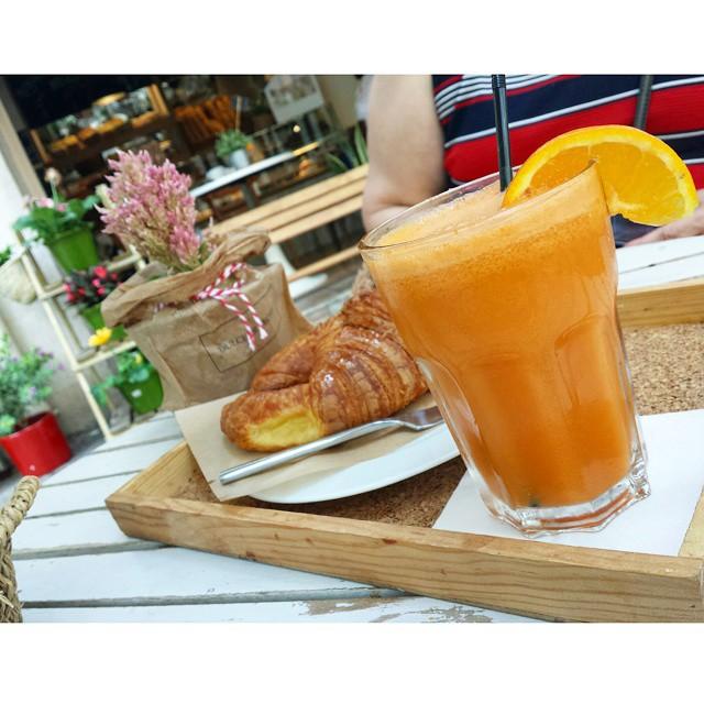Desayunos molones con mi compinche, lo que hemos 'tramado' os va a gustar... #desayunosmolones @dulcedelechejesus #Valencia #lovevalencia