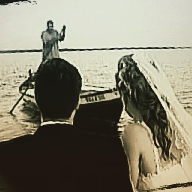 #bodasdehierro #6años #aniversario #albufera #albuferavalencia #lovevalencia #igersvalencia #valenciagram #novios #boda #mantilla #barquero #perchar