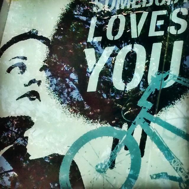 Algú et vol! #igers #igersvalencia #igersspain #somosinstagramers #igersacademia #valencia #valenciaenamora #posters #love #lovevalencia #happysummer
