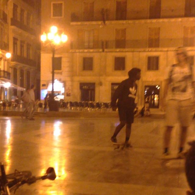 ????? ????? ??? ?????? ?? ?????????, ????????? ??????! ???? ?? ????? ???-?? ???????????? ???????? #skate #amazing #sport #willdoitforsure #andtrynottodie #lovevalencia #lugarfavorito #valenciaerasmus #valencia