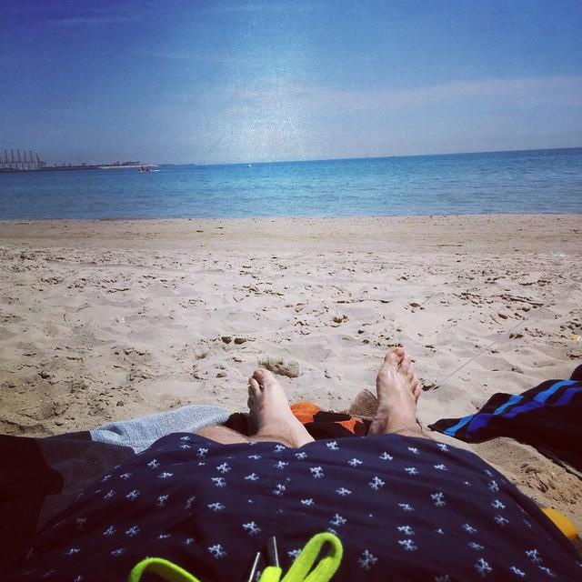 Esto es vida!! #lobebeach #lovevalencia #bearsofinstagram #cubsandbeards #bear #beach #instagood #follow #cute #photooftheday #tbt #followme #valenciachefdave #happy #picoftheday #instadaily #swag #amazing #fashion #igers #fun #summer #instalike #bestoftheday #sun #instamood