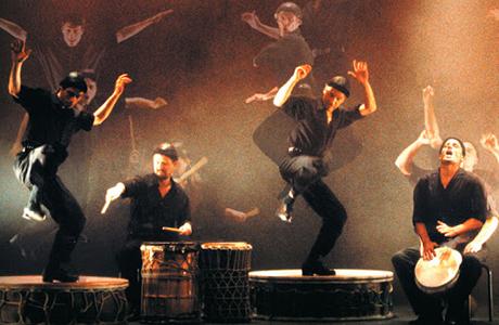 La vida es ritmo en el Teatro Talía