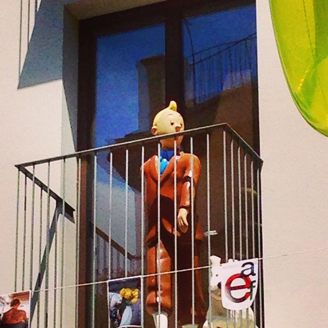 #soloiphone #instagram #mercadodetapineria #instagram #igersvalencia #igerscomunitat #igerscomunidadvalenciana #LoveValencia #lovesummer #street #storytelling