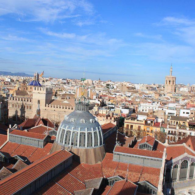 ¡Buenos días! Si vienes de turismo a Valencia o si te quedas en agosto, aquí te propongo 5 actividades para que disfrutes Valencia y la redescubras. Que tenemos una ciudad preciosa llena de posibilidades y rincones con encanto. ¿Cual es vuestro monumento preferido? El mío luego os lo digo!! ? #valencia #actividades #agosto #veranoenvalencia #summer #monunento #disfrutavalencia #lovevalencia #redandmintsummer #blogredandmint #redandmint #