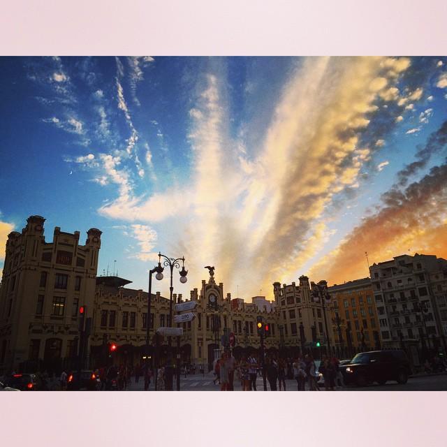 El cielo de ayer en Valencia = ? #valencia #lovevalencia #sunset #sky