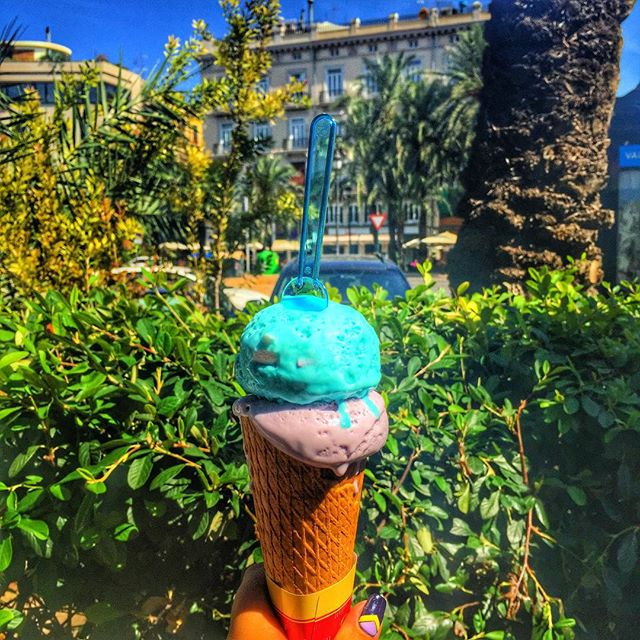 #???????????????????????? #valencia #spain #instago #instacool #instagood #instamood #instaphoto #iphoneonly #trip #travel #oursummer #vacation #lovevalencia #lovespain #??????????????????????? #icecream ??????????? ????????? ????????? (???????) ? ????????? ? ???????? (?????????)?