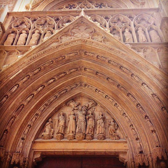 Puerta de los Apóstoles #catedral #Valencia #Spain #loveValencia #tourism #valenciagram