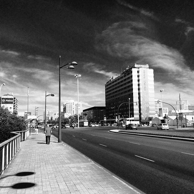 CC Nuevo Centro de Valencia. #CallesDeValencia #LoveValencia #BlackAndWhite