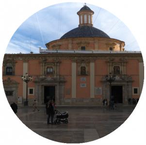Basilica de la Virgen de los Desamparados, Monumenti a Valencia