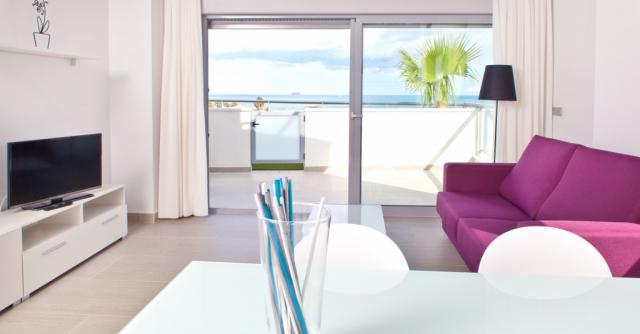 La_Punta_apart_b_living-room_2nd_BIG_view-1024x534