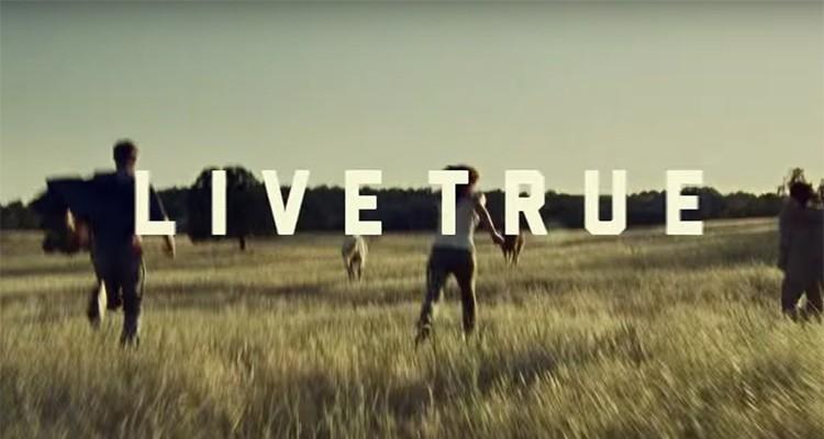 """Dewar's-""""White-Label-LiveTrue"""