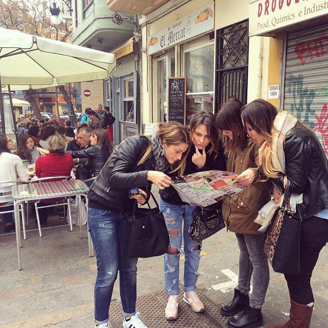 Chi cerca trova...?? ?? #turistepercaso #donneavventura ?#metawaffelnintour ..#lovevalencia