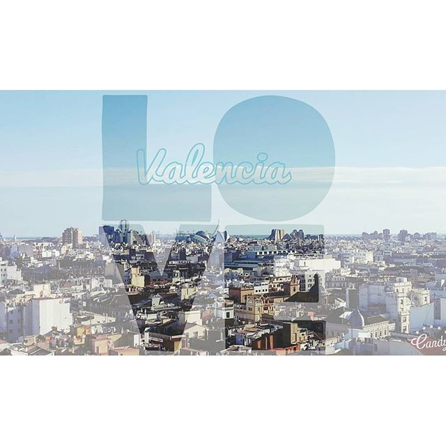 ? #lovevalencia #valencia #view #skyscraper #valenciagram #igersvalencia #sky #blu #panorama #spain