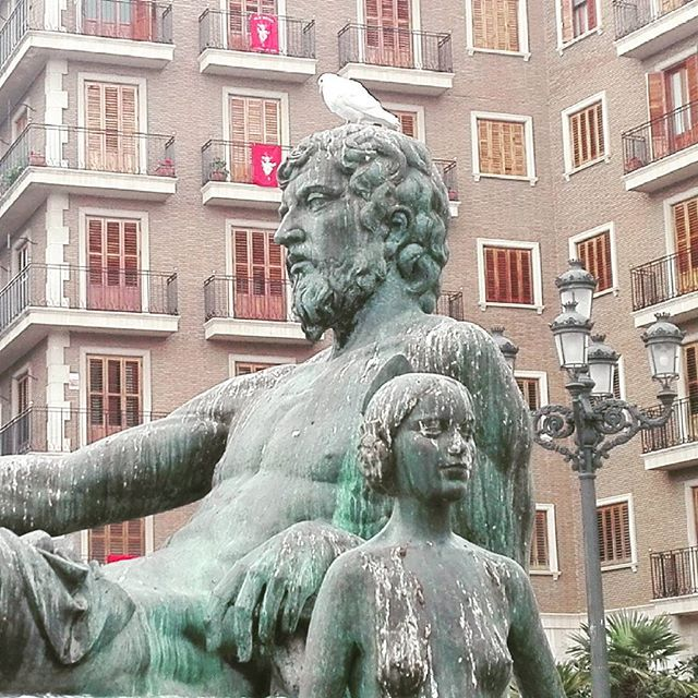 #lovevalencia #fuente #plazadelavirgen #plazalavirgenvalencia #igersvalencia