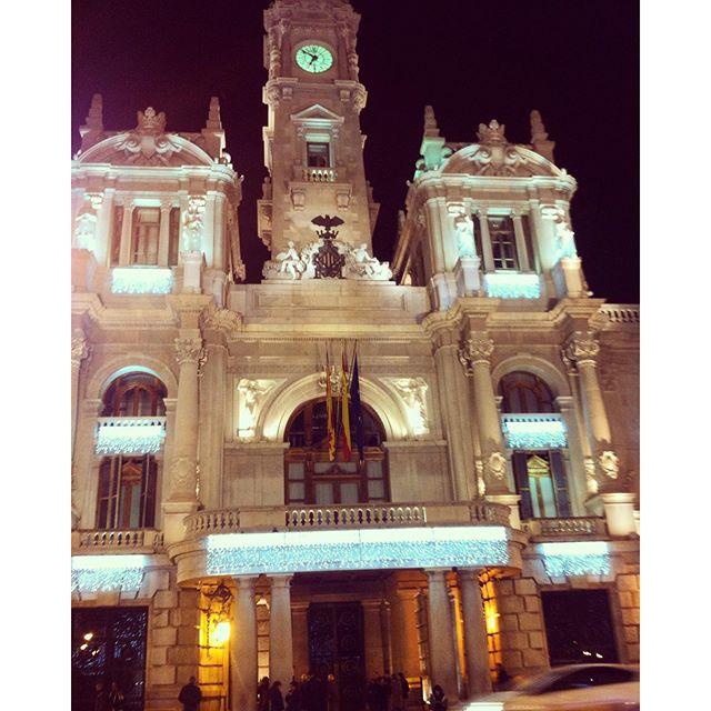 #valencia #elayuntamiento #españa #spain #HNY2016 #lovevalencia #citylights ??????
