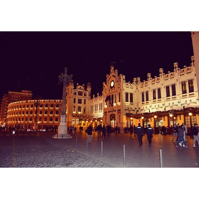 Estaciò del Nord #valencia #vlc #españa #spain #city #pics #instavalencia #valenciagramers #beautiful #sun #followme #follow4follow #igersvalencia #instapic #night #lovevalencia #likes