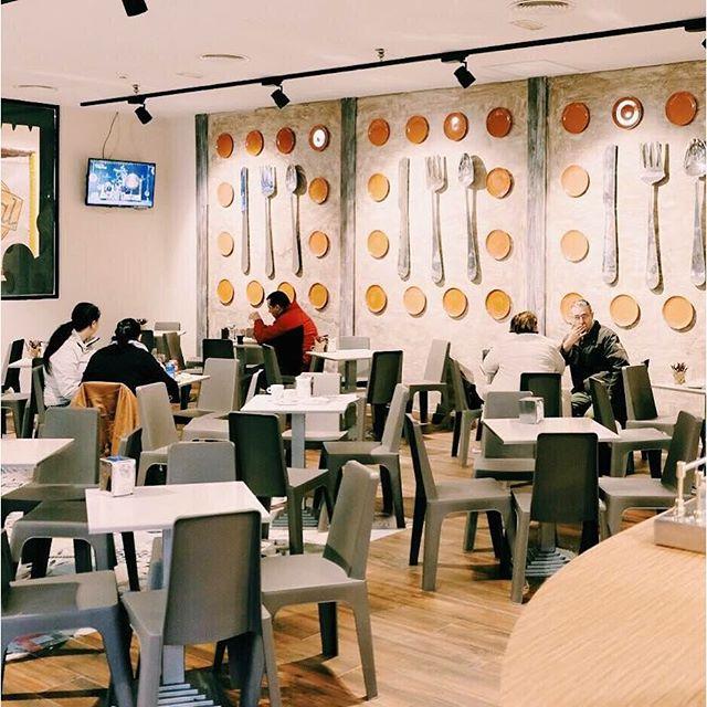 Estamos  estrenando la nueva imagen en nuestra tienda en el @ccbonaire ¿os gusta cómo ha quedado? Venid a visitarnos y pasad un momento agradable con nosotros. Ahh y si venís con peques lo pasarán en grande en nuestro parque de bolas. ¡Os esperamos! #MomentosBertal #Bertal #Valencia #bonaire #ccbonaire #compras #shopping #unexpectedshopping #foodie #foodlover #deco #instafood #lovevalencia #yummy #brunch #merienda #cena #sweetlover #tasty #delicious #
