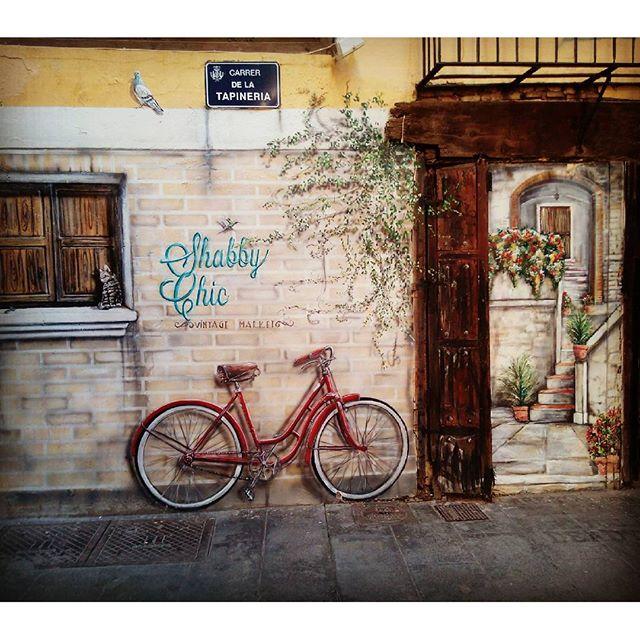 Rincones de Valencia #lovevalencia #rincones #artecallejero #elcarmen #topintao #fotoinsta #oleole #vamospalla