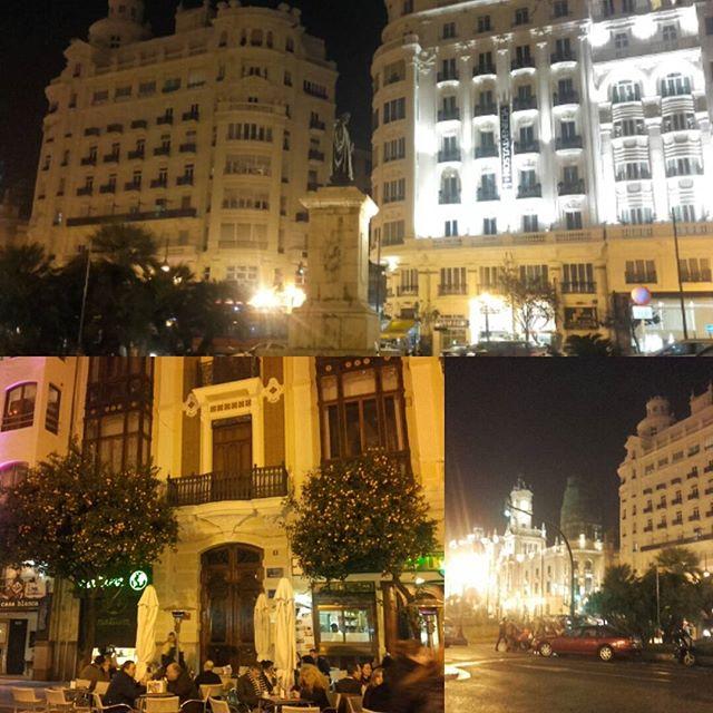 Anoche en #valencia Cómo me gusta esta ciudad! Los naranjos cargados. Llena de gente.  #marcanterosánchez #marcantero #marcanterosanchez #marcanterolando #lovevalencia