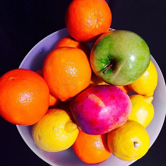 Put Some Color! #lovevalencia #valencia #fruit #homesweethome