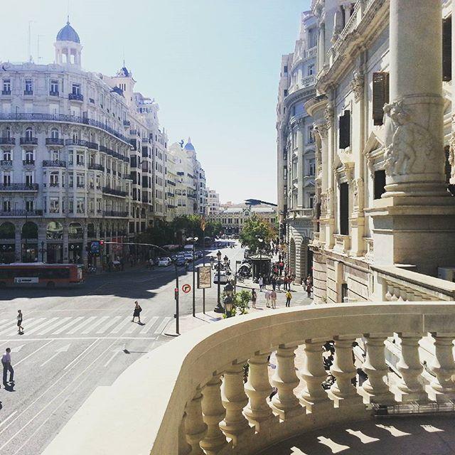 Ayuntamiento de Valencia #picsvalencia #lovevalencia#loves_valencia #valencia #vlc #españa #spain #city #pics #instavalencia #valenciagramers #beautiful #sun #followme #follow4follow #igersvalencia #instapic #amazing #smile #instalike #igers ##picsoftheday #instafollow #friends #photo