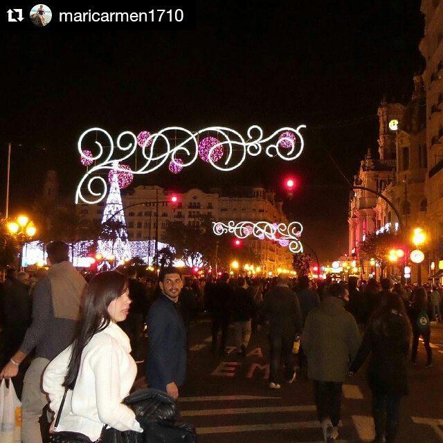 Año nuevo en la plaza del ayuntamiento #me #yo#us#nosotros #happy #feliz #life #vida #likeforlike #like4like #men #hombre #boy #chico #menfashion #suit #live #fashion #plazaayuntamiento #lovevalencia #ayuntamiento #trip #EsOficial #Valencia #España #spain #Europa #happynewyear #feliz2016 @sandra_gavidia ? ?  #Repost @maricarmen1710 with @repostapp
